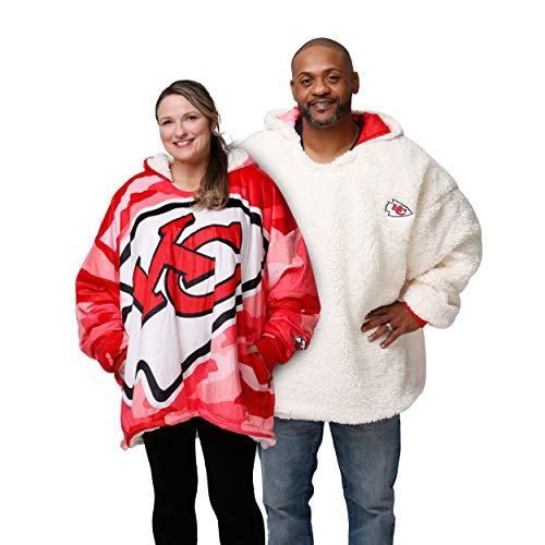 FOCO Kansas City Chiefs NFL Reversible Team Color Camo Hoodeez